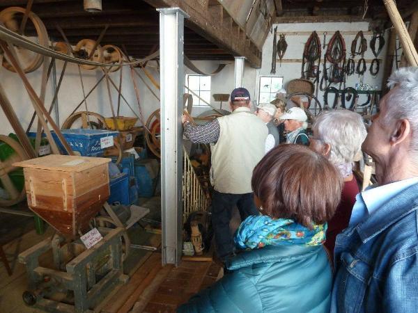 Besuch der privaten, historischen Sammlung auf dem Hof von Ludwig Holzheimer.